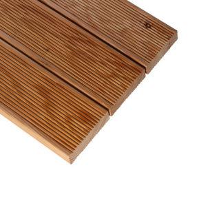 terasová podlaha červený smrek